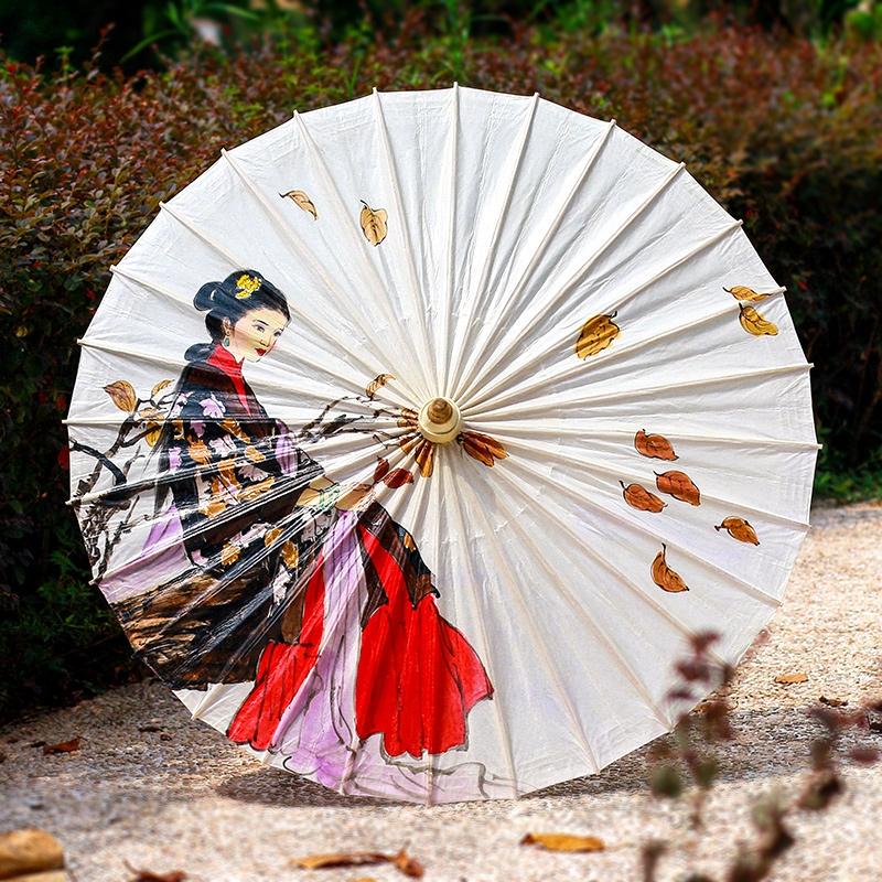 人物手绘油纸伞